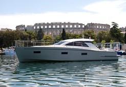 Cyrus Yachts 13.8 Hard top