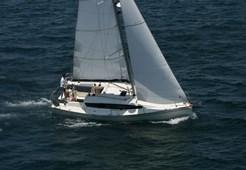 S Delphia 31 for charter in Sibenik