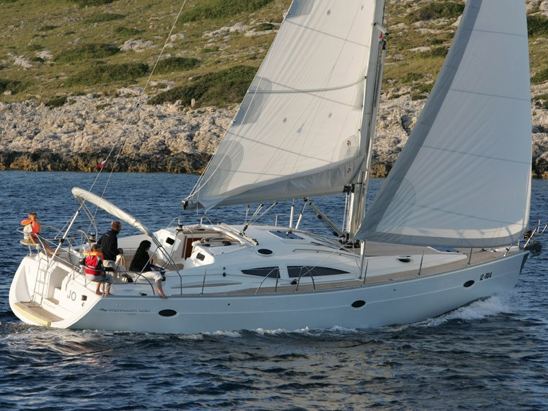 Elan 434 Impression for charter in Scarlino
