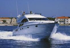 M Fairline Phantom 50 for charter in Sibenik
