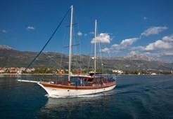 G Gulet Andi for charter in Split