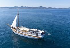 G Gulet Dolin for charter in Trogir