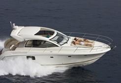 Prestige 390 S for charter in