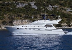 M Princess 470 for charter in Primosten