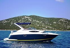 M Regal Commodore 2860 for charter in Split