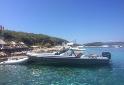 R Sacs Strider 10 for charter in Split