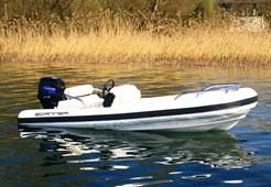 R Scanner 420 Outboard Broker Split