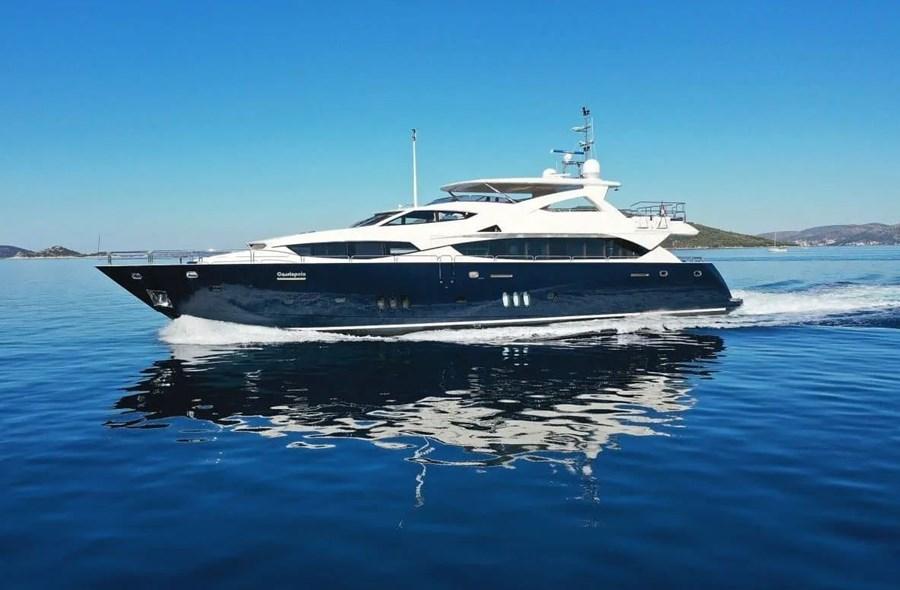 Sunseeker Yacht 34 M for charter in Split